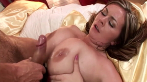 Super sexy mature titty fucking in HD