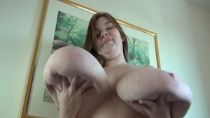 Erotic BBW Lexxxi Luxe bouncing on a dick
