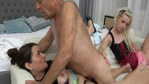 Very hot mature likes hard ramming