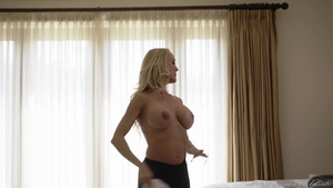 Hottest stepmom orgasm