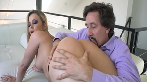 Raw real sex with big butt babe Alexis Texas