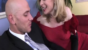 Blonde haired Nina Hartley cum in mouth