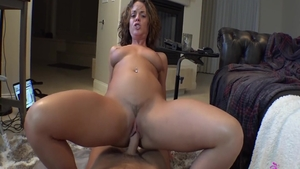 Very sexy and big butt Rahyndee James pussy fucking
