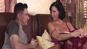Squirting with Brad Knight beside large boobs Veronica Avluv