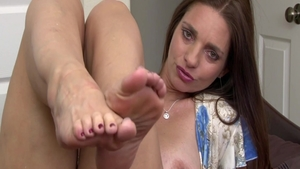 Solo super sexy and hairy Mindi Mink in panties foot fetish