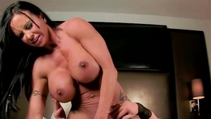 Sex in the company of large boobs pornstar Brandi Mae