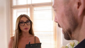 Perfect blonde haired Marilyn Crystal need gets fucking in HD