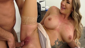 Sexy american stepmom Cali Carter blowjob fucked in the ass