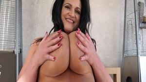 Pussy fucking on live cam with large tits mature