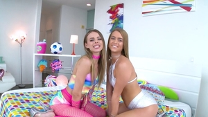 Jillian Janson in tandem with beautiful Jill Kassidy