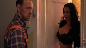 Nailed rough in the company of stepmom Veronica Avluv