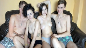 Pussy fuck live on webcam