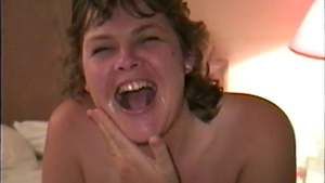 Pussy fucking accompanied by amateur