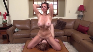 Big tits MILF Mindi Mink gets a buzz out of real sex in HD