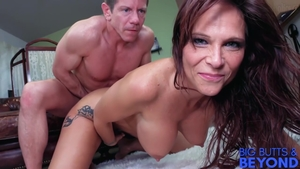 Inked stepmom Syren De Mer receives nailed rough in HD