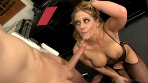 Large tits MILF Holly Heart cumshot in HD