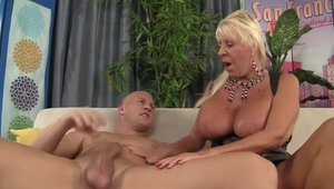 Raw sex along with big tits granny Mandi McGraw