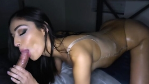 Chick raw cumshot