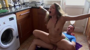 Tattooed stepsister pussy eating in the kitchen