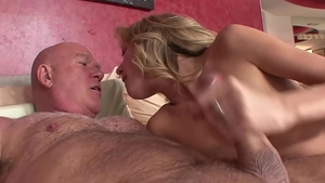 Nailed rough in the company of petite blonde babe