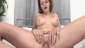 Huge tits babe craving raw sex